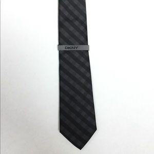 *NEW* DKNY Men's Tie Gray Silver Black